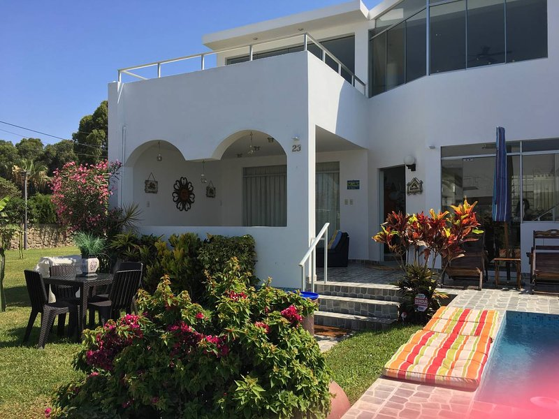 Beach House in Asia - Walk to Boulevard and Cayma Beach, holiday rental in Asia