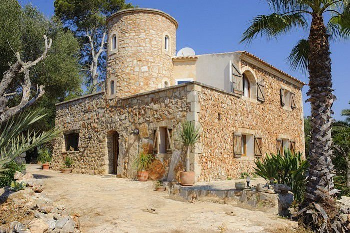 Cas Concos Farmhouse Sleeps 8 with Air Con and WiFi - 5000705, vacation rental in Cas Concos