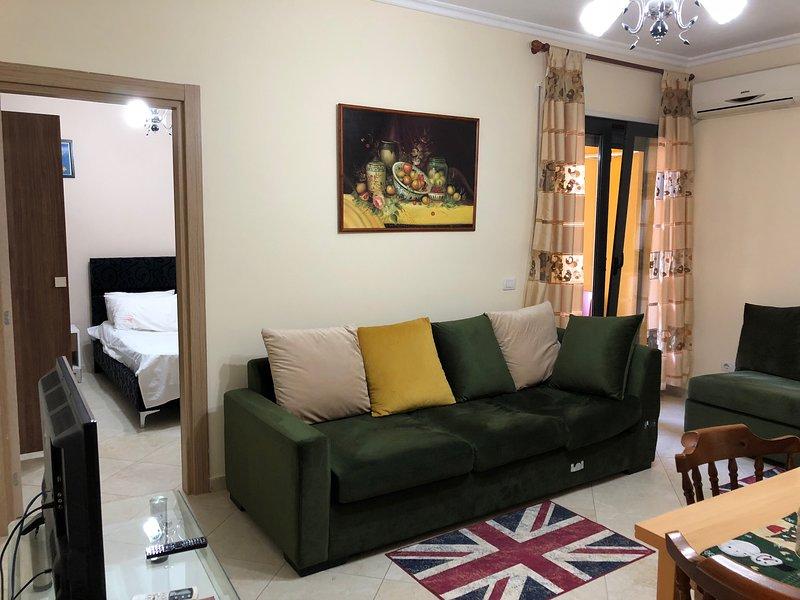 LT Apartments - 1 Broom & 1 Balcony, location de vacances à Daias-Barabas