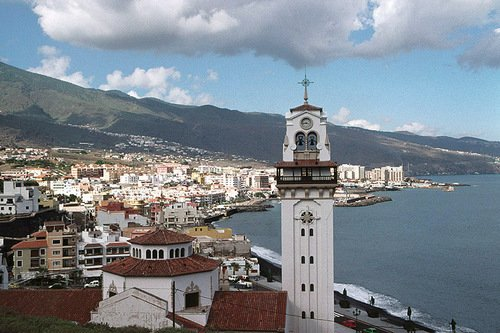 Candelaria Apartment. 3 Rooms. Parking, vacation rental in Candelaria