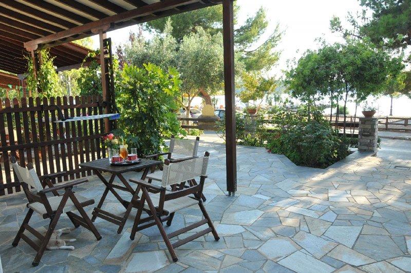 Zouzoula house Milina Pelion Studio #2, holiday rental in Pefki