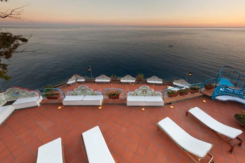 San Michele di Serino Villa Sleeps 14 with Pool Air Con and WiFi - 5218114, vacation rental in Fiordo di Furore