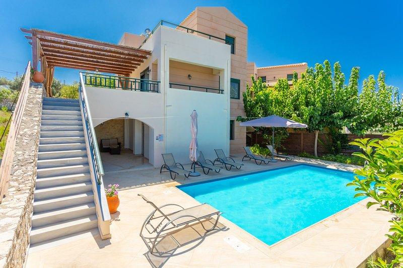 Belle villa avec piscine privée et terrasse