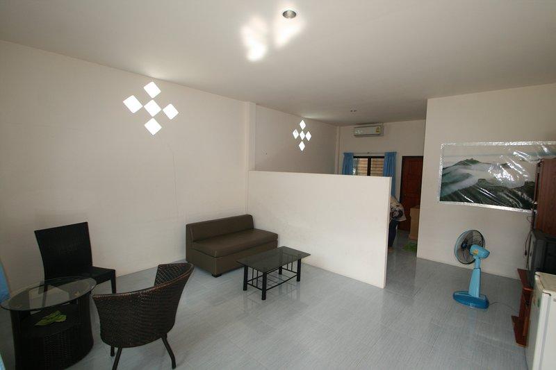 wohnen auf zeit kaufobjekte zur miete in chonburi chonburi chon buri thailand tav 6688574. Black Bedroom Furniture Sets. Home Design Ideas