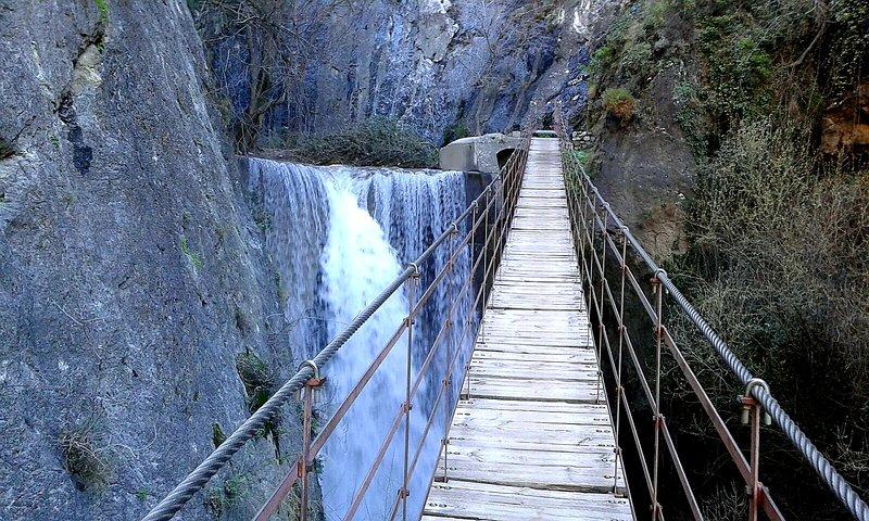 Los Cahorros suspension bridge