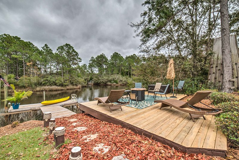 Relish the private dock, kayak, patio, fire pit, and other outdoor amenities!