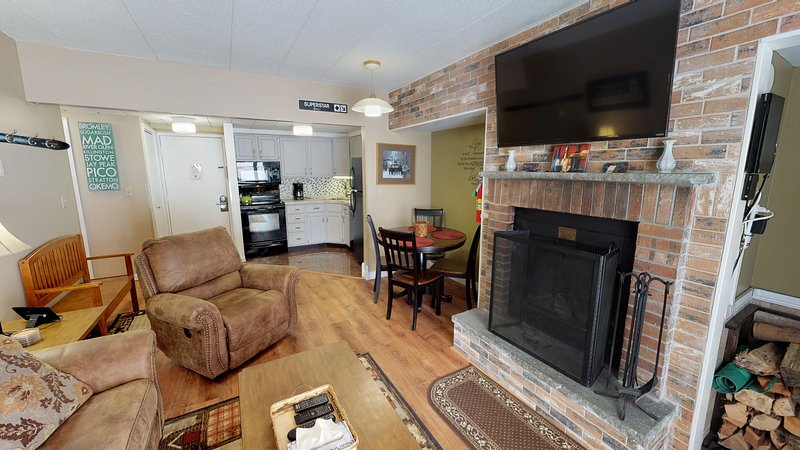 Mt Green 1-A08 UPDATED 2019: 1 Bedroom House Rental in