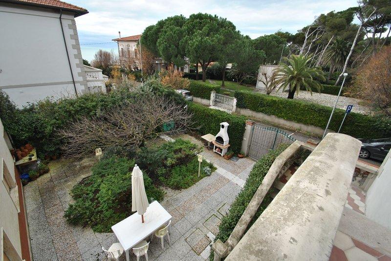 Villetta a soli mt. 30 dal mare - Villetta Caletta  4 cam., vacation rental in Castiglioncello