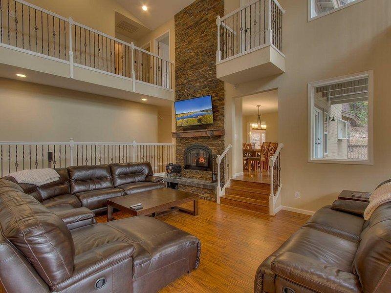 Tremendous Glen Eagles Manor Luxury 8 Bedroom Mansion W Hot Tub Sauna Beutiful Home Inspiration Aditmahrainfo