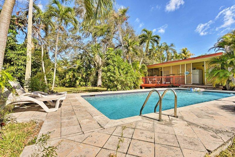 Quaint Central Miami Bungalow: 10 Mi to Mid-Beach!, aluguéis de temporada em Miami Springs