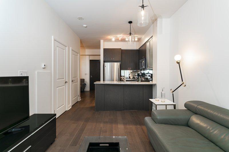 Astounding Yorkville 1 1 Updated 2019 1 Bedroom Apartment In Toronto Interior Design Ideas Jittwwsoteloinfo
