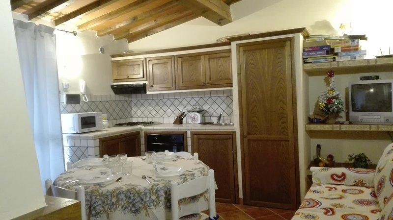 HOME EMPOLI. Affitto la mia casa ad uso turistico in perfetto stile toscano., casa vacanza a Empoli