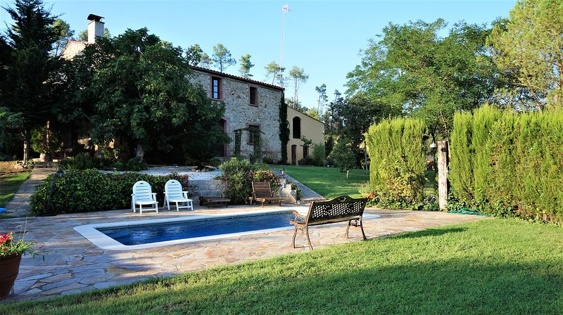 Costabravapartment Can Marc Costa Brava - private pool, private tennis court, barbecue, ping pong