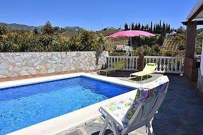 Nerja Villa Sleeps 4 with Pool and Air Con - 5717753, holiday rental in Nerja