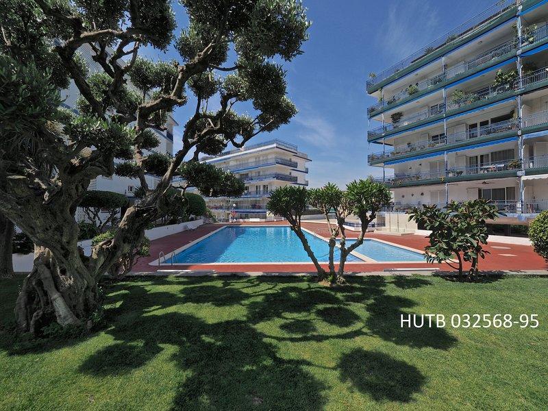 SDL Duplex Penthouse & Pool, holiday rental in Caldes d'Estrac