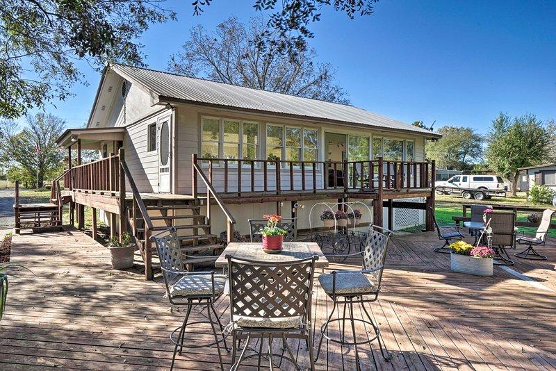 Questa cabina studio Martindale offre spazio per 4 ospiti per rilassarsi!