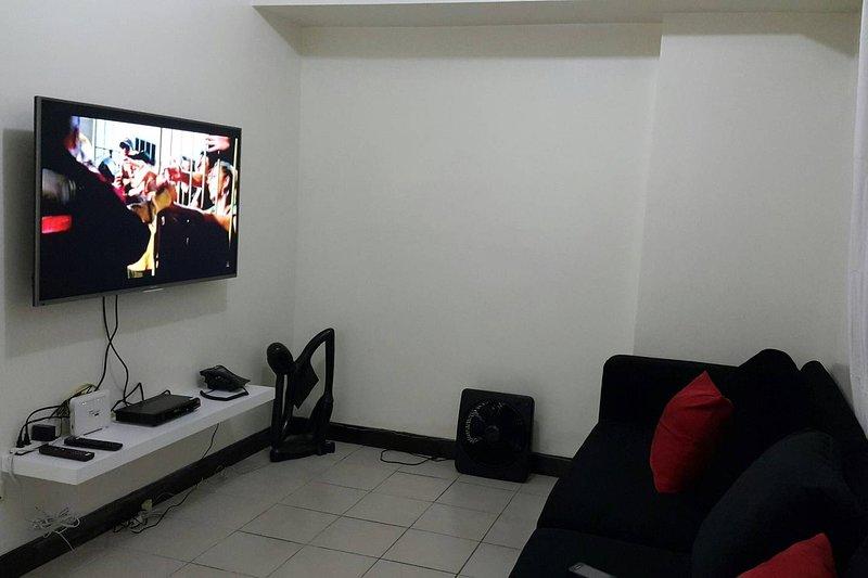 3BR | Tivoli Garden | 50Mbps | Netflix | Large TV | 1605, vacation rental in Mandaluyong