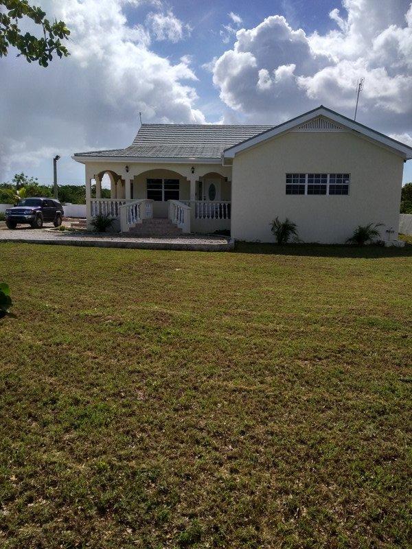 Comfort Villa - Vehicle Included, casa vacanza a North Caicos