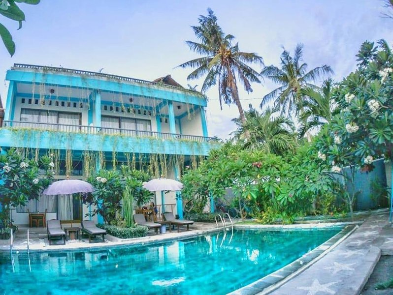 Two Bedroom Villa with shared Pool on Gili Trawangan., holiday rental in Gili Trawangan