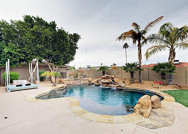 huge celebrity style home w private heated pool spa minutes to rh tripadvisor com