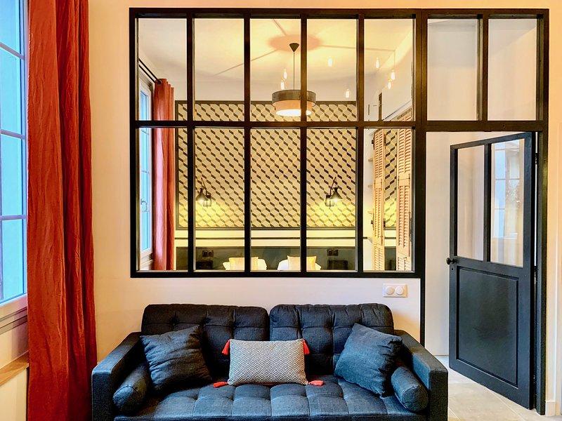 Home Chic Home - Les Suites de la Comédie - Suite 2 - 4-stars FR official rating, vacation rental in Montpellier