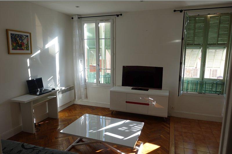 Living room with Italian windows