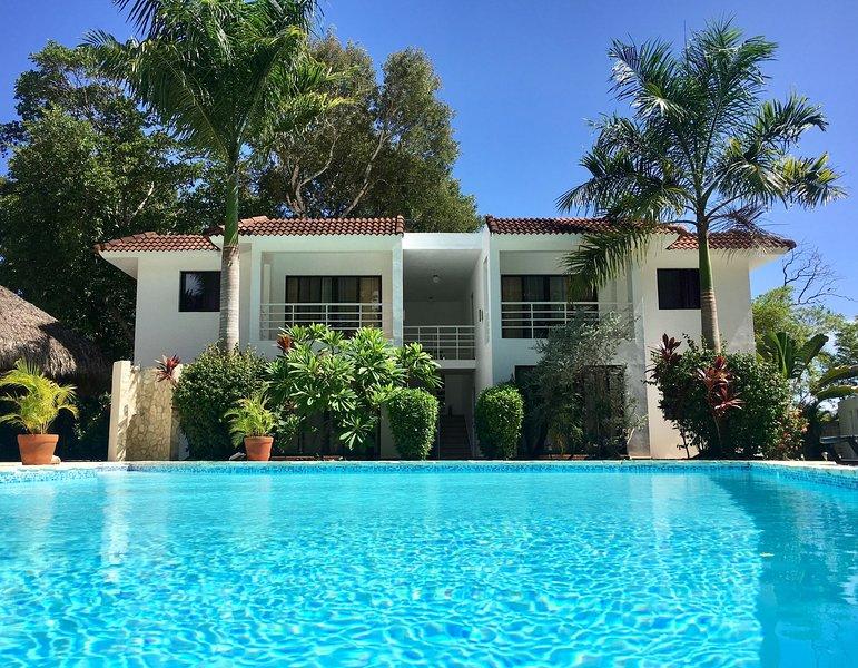 Private Rental of the Entire Hotel Coral Blanco in Sosua, casa vacanza a Sosua
