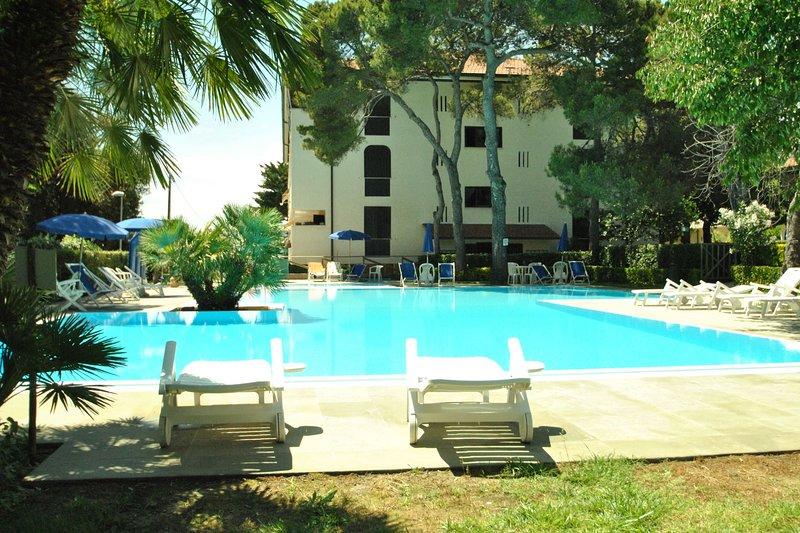 Fattoria nel Parco - F1-BILOCALE TIPO A, holiday rental in Rosignano Solvay