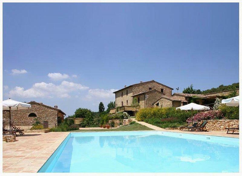 Casole Elsa,country house in Chianti,B,terrace,swimmingpool,child-friendly,Wi-Fi, alquiler vacacional en La Selva