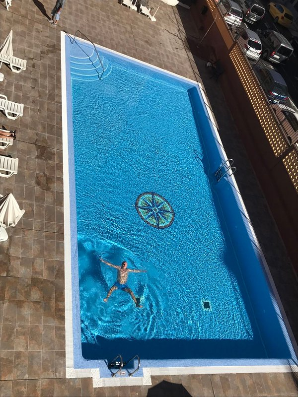communal swimming pool - Piscina comunitaria