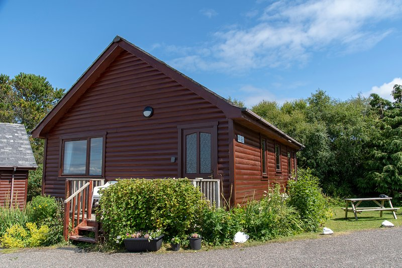 Lodge Loch Ness, holiday rental in Sleat