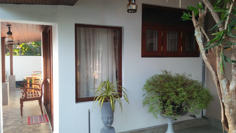 Gaya Homestay, vacation rental in Kalutara