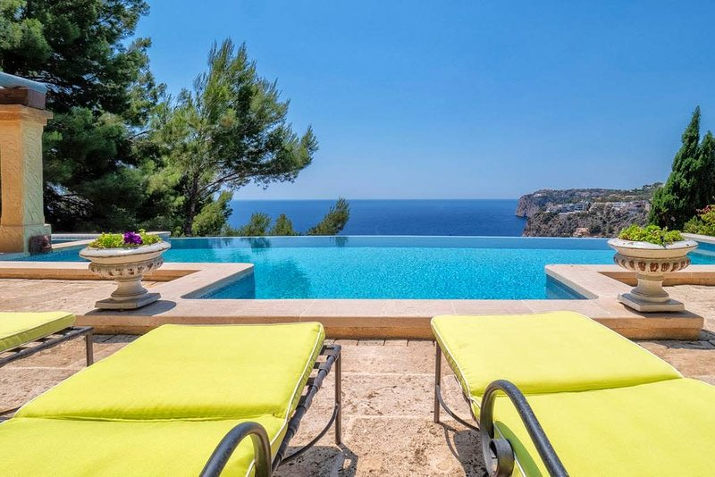 Cala Llamp - Michael · FABULOUS VIEWS AT CALA LLAMP, vacation rental in Port d'Andratx