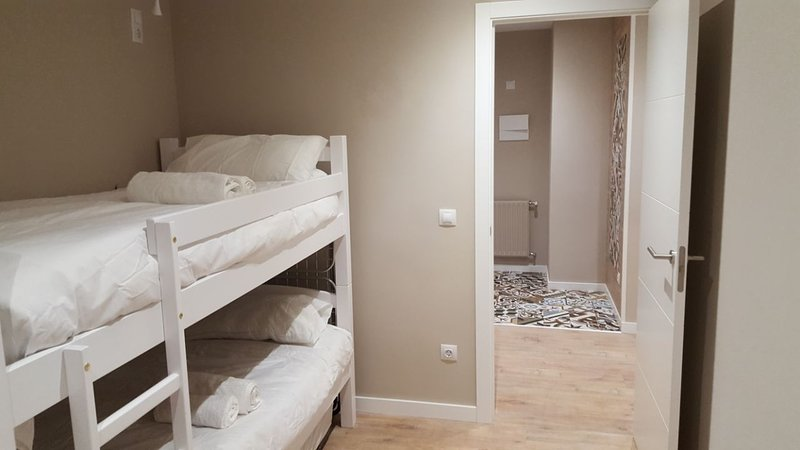 Apartamento de luxe, holiday rental in Incles