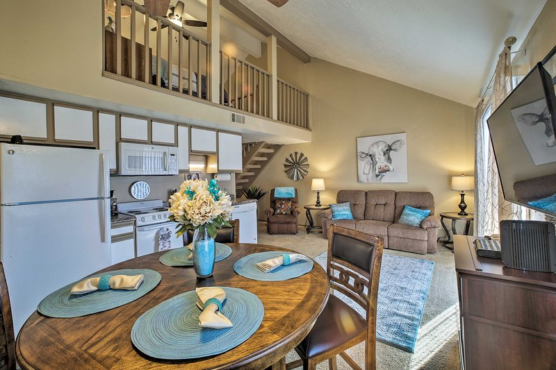 Condo - 10 Minutes to Table Rock Lake & 76 Strip!, vacation rental in Branson