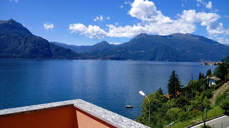 'Blu Panorama' .. belvedere sul lago di Como, casa vacanza a Ortanella