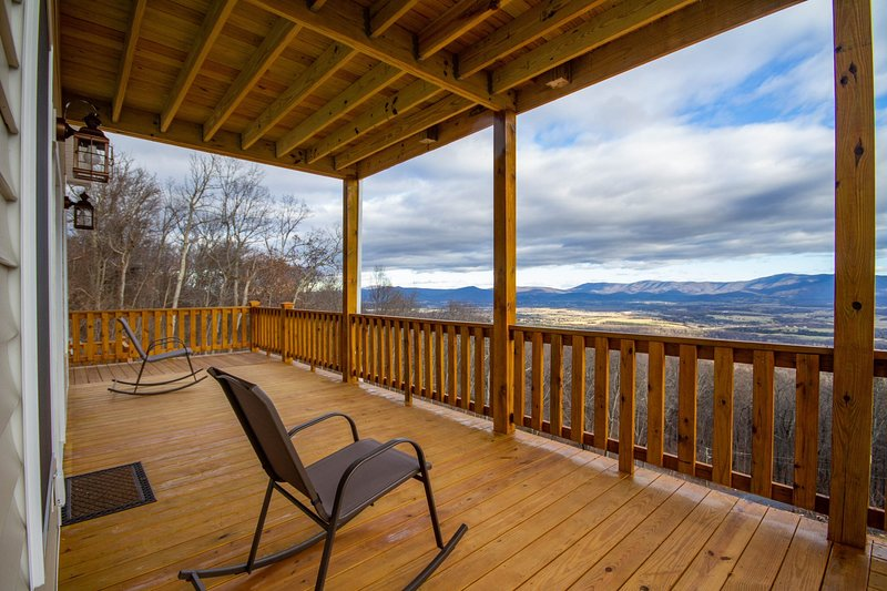 Sprawling decks with sweeping views of the Blue Ridge mountains and Shenandoah Valley