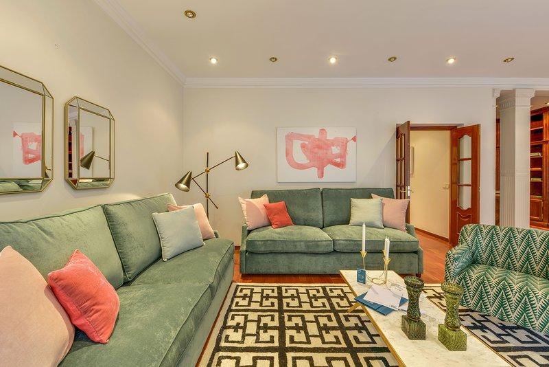 Madrid Holiday Apartment 26389