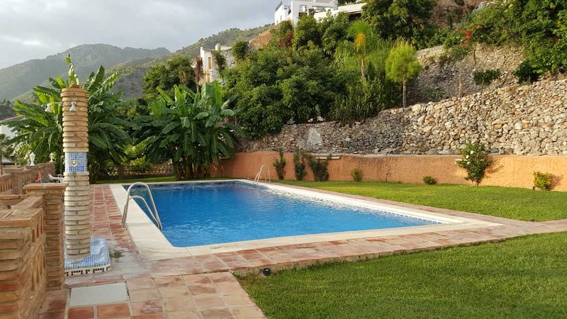 4 persoons appartement in het hart van Frigiliana (BBNERJA), vacation rental in Frigiliana