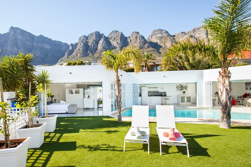 Adriatic at Funkey, holiday rental in Cape Town