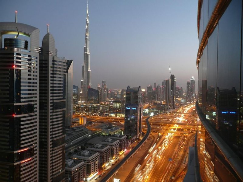 Entire 2BR, Next to DIFC Metro, holiday rental in Murqquab