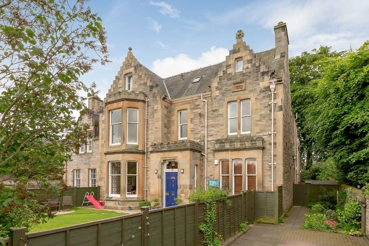 Modernized condo is part of a Victorian mansion in quiet residential area of Ravelston Edinburgh