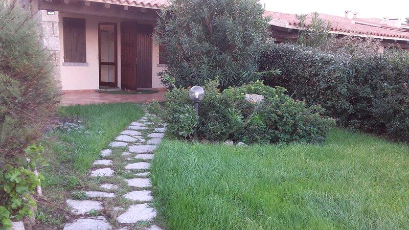 Villetta S.Reparata S.Teresa Gallura, holiday rental in Capo Testa