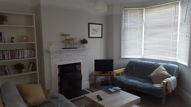 Spacious Victorian house in the heart of Cowes, vakantiewoning in Cowes