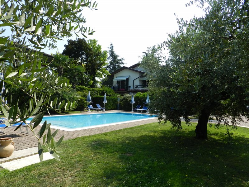 RESIDENCE ALLEGRA MONO NR 2 PT, vacation rental in Lazise