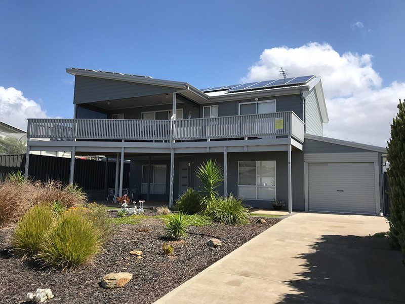 10 Hobart Road - Normanville, SA, vacation rental in Wirrina Cove
