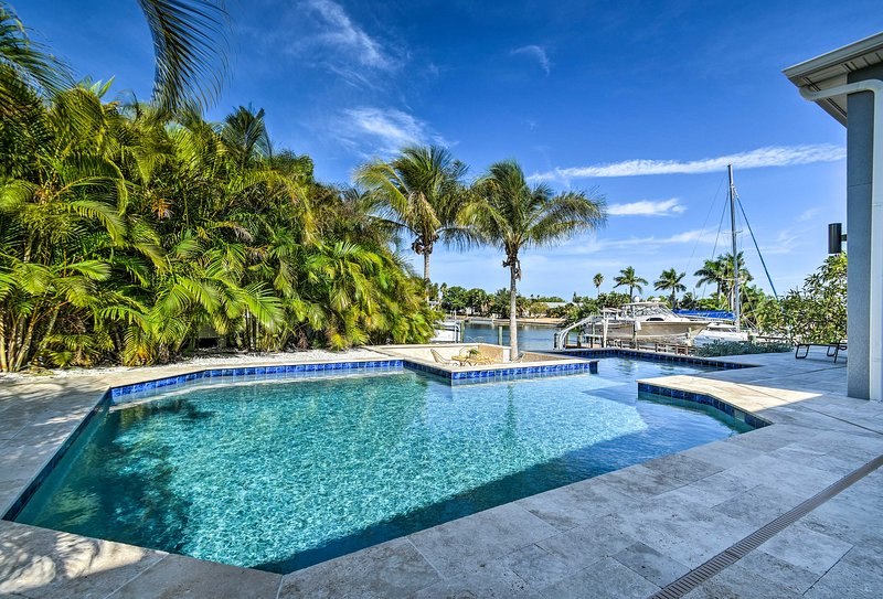 St Pete Beach Home w/Pool-Near Pass-a-Grille, alquiler vacacional en Tierra Verde