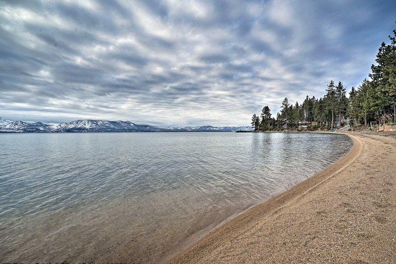 Esta cabaña ofrece acceso a una playa privada a solo 5 minutos.