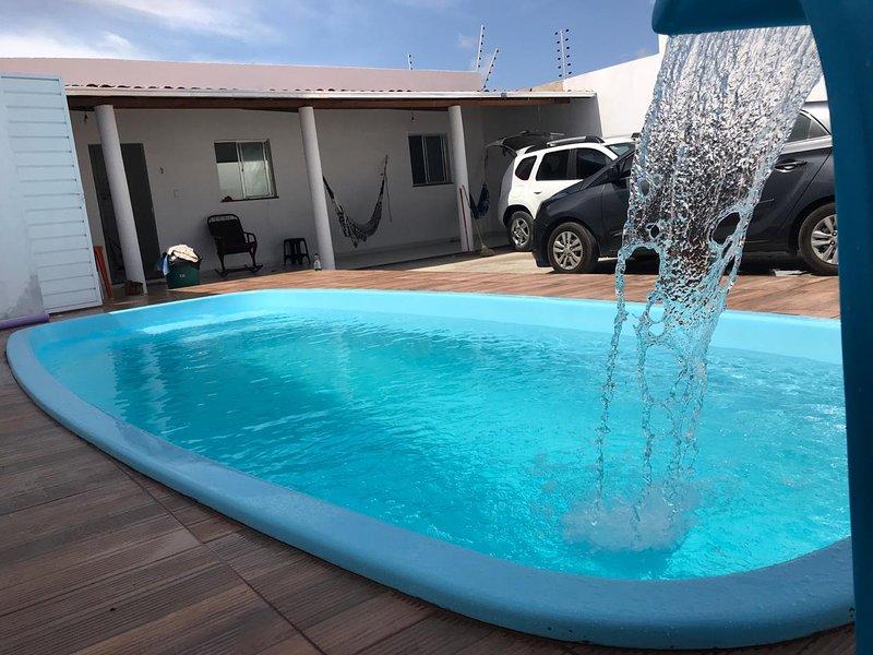 Bela Casa com piscina próximo a praia Barra dos Coqueiros Grande Aracaju, holiday rental in State of Sergipe