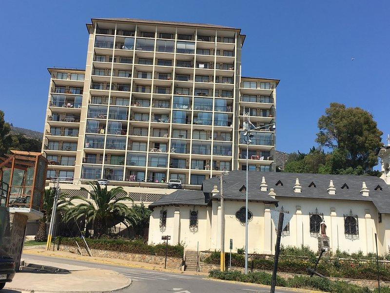 Vue de l'immeuble de Playa Chica, avec accès direct